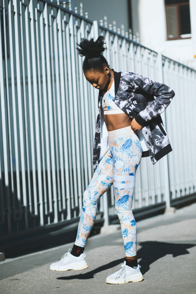 Print on Demand leggings is the New Black 4