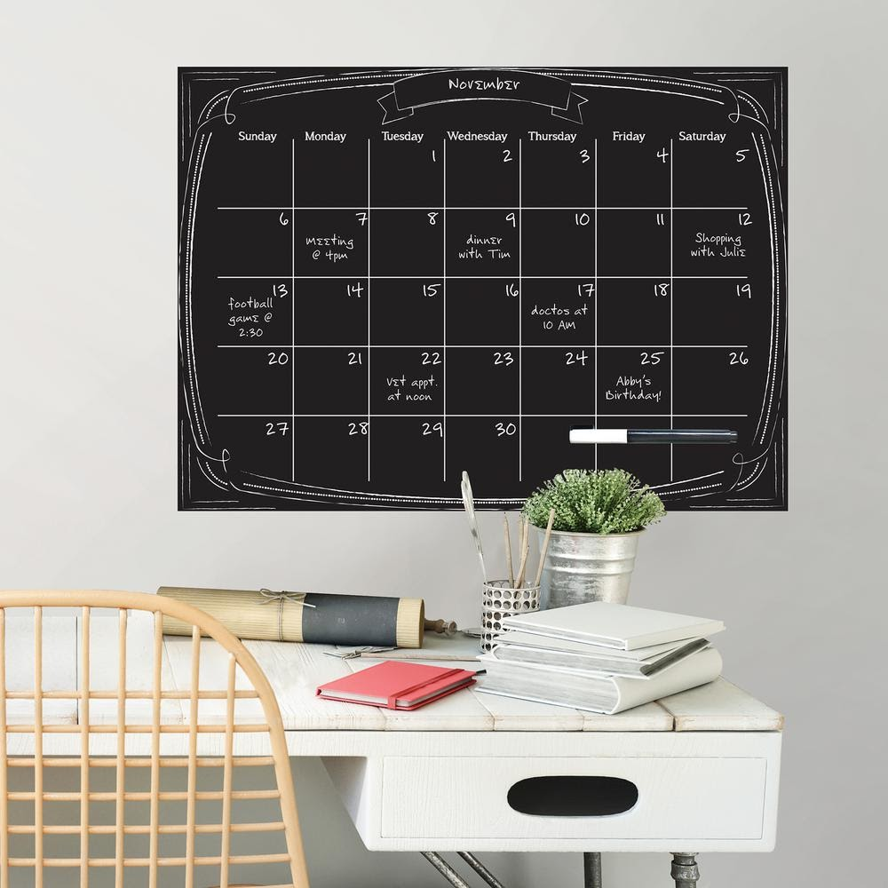 Home office desk decor ideas that will make you want to hustle 16