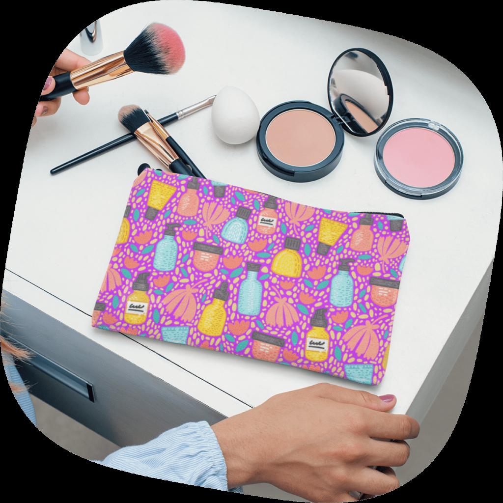 custom make up pouch