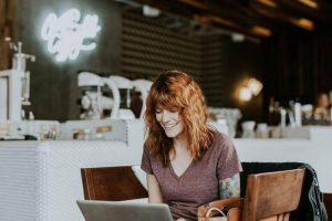 Dropshipping for beginners: Source- Unsplash