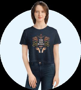 Design loungewear - Flowy cropped women's t-shirt
